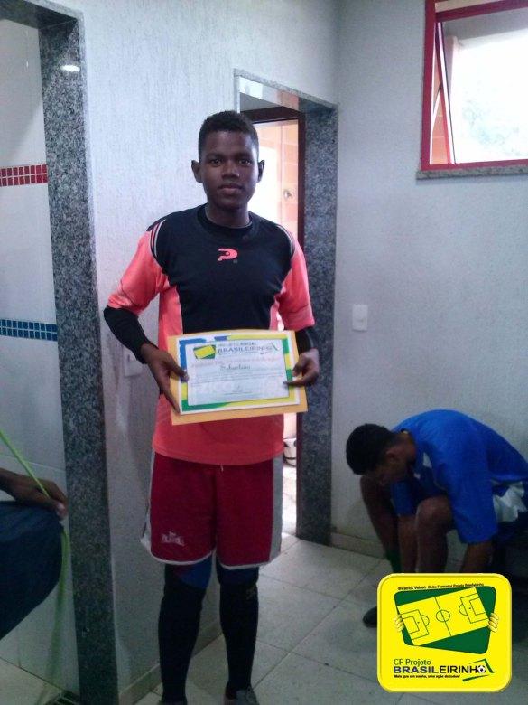 Goleiro do Projeto Brasileirinho está sendo avaliado em clube da primeira divisão da FERJ